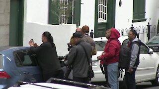 Media and Family at the Van Breda triple murder case (77b)
