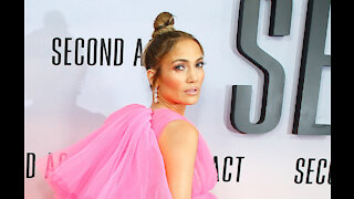 Jennifer Lopez ended Alex Rodriguez engagement over 'trust' issues