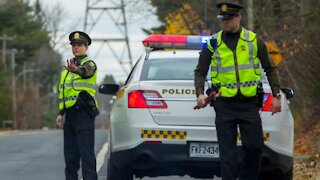 Quebec Police Are Setting Up More Travel Checkpoints For Thanksgiving Weekend