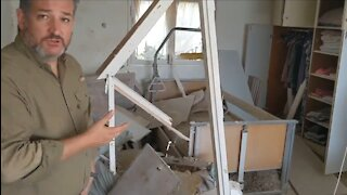 Ted Cruz Tours Homes Destroyed by Terrorist Rockets in Israel