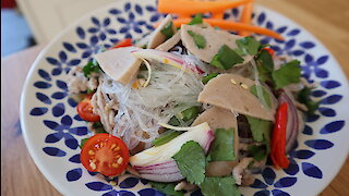 How to make spicy Thai glass noodle salad with Vietnamese sausage