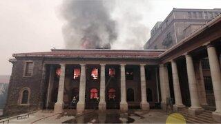 UCT suspends academics following Rhodes Memorial blaze (1)