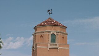 History of El Con Water Tower makes it Absolutely Arizona