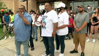 Rally in Glendale seeking justice for Joel Acevado