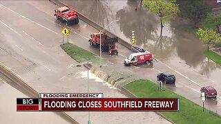 Flooding closes the Southfield Freeway