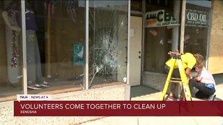 Volunteers clean up after looting, vandalism in Kenosha