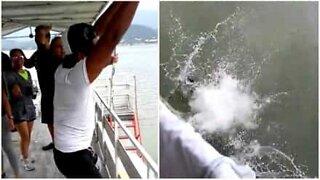 Festbrems: en dans på en båt går galt