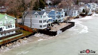 Gale force winds crash into beach homes on Lake Michigan
