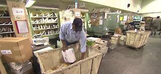 USPS recommends shipping holiday gifts early