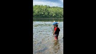 Fishing at Taneycomo Lake