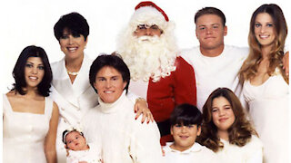 Why A Kardashian 2020 Christmas Card Is More Important Than EVER!