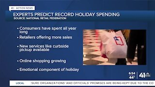 Experts predict record holiday spending