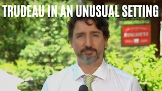 Justin Trudeau Took His Press Conference On A Field Trip To A Super Cute Quebec Cafe