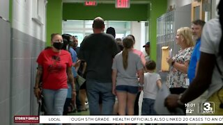 Students, families explore new middle school before heading back to school