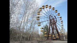 Dystert droneopptak av Tsjernobyl