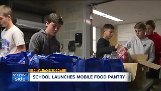 Middle school students help feed the need in their community