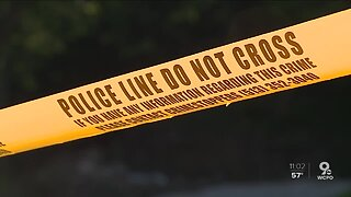 Police search for shooting suspect who injured woman, 4-year-old