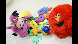 kids movie playing toys and numbers
