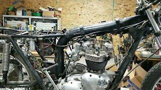 1971 Triumph Tiger 650cc restoration Part: 1