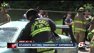 High school students get hands-on experience in emergencies