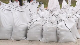 Free sandbags given out in Martin County