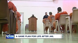 Former Browns players share wisdom with Summit County inmates