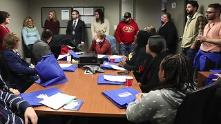 News Literacy Project: students from Sweet Home High School visit WKBW