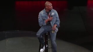 """Chappelle Responds To Trans Backlash: """"I Am Not Bending to Anyone's Demands"""""""
