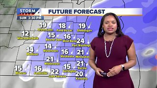 Snow showers move in Sunday