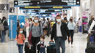 U.S. Sees Holiday Weekend Travel Rebound, Fewer Mask Mandates