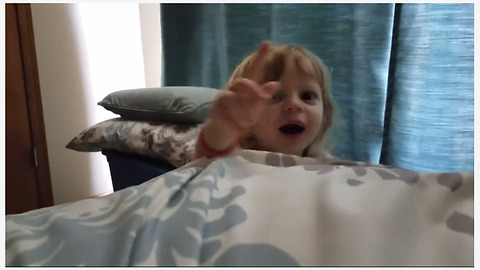"""Super cute toddler wakes up dad with """"Good Morning Sunshine"""""""