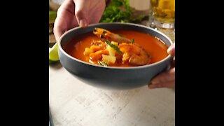 Cómo hacer caldo de camarón