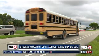 Student arrested for allegedly having gun on Lee County school bus