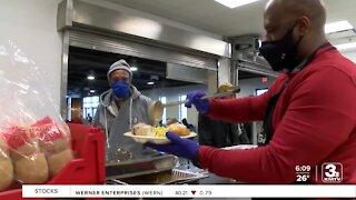 Despite pandemic, Open Door Mission serves meals
