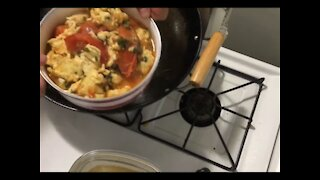 The tomatoes fried with scrambled eggs 木须柿子