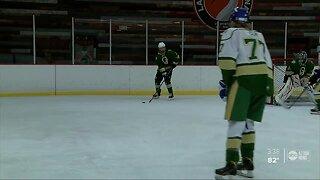 Lakeland hockey team credits new home for winning district