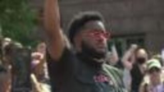Two councilmembers to try to get peaceful protesters' charges dropped