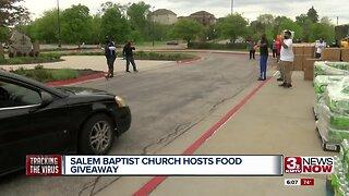 Salem Baptist Church hosts food giveaway