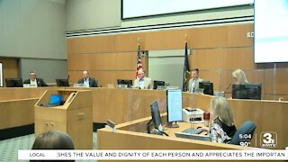 Sarpy County commissioners pass resolution supporting second amendment
