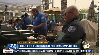 Airlines, local groups helping out federal workers