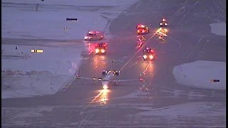 Plane makes emergency landing at Cleveland Hopkins International Airport