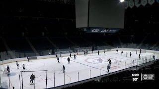 Bolts open season at Amalie Arena
