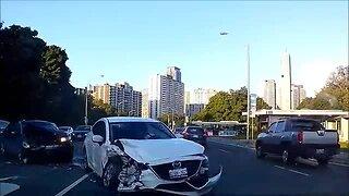 Tense car accident in Toronto caught on dash cam