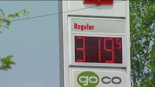 Gas prices hit $3.19, highest since 2014