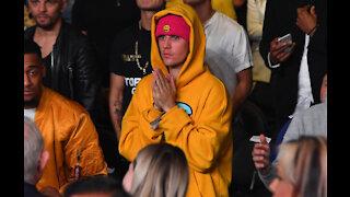 Justin Bieber delivers emotional-filled performance on Saturday Night Live