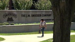 Smucker's unveils new logo, brand identity