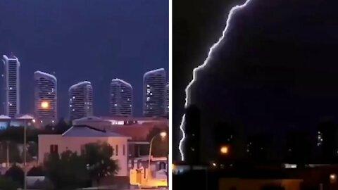 Insane lightning strike caught on camera in Turkey