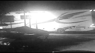 VIDEO: Thieves steal RVs valued at $256,000 from Boynton Beach storage facility