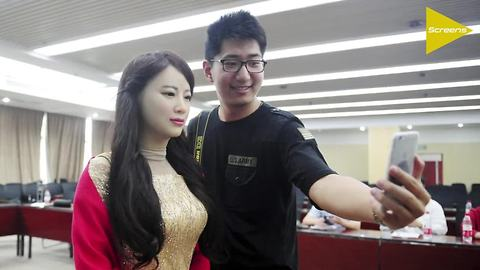 Beautiful humanoid robot unveiled at 2016 World Robot Conference