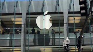 WATCH: Apple gradually restores business in China, despite virus impact on quarterly revenue (7SZ)